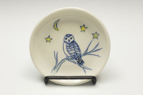 Tiny plate with owl