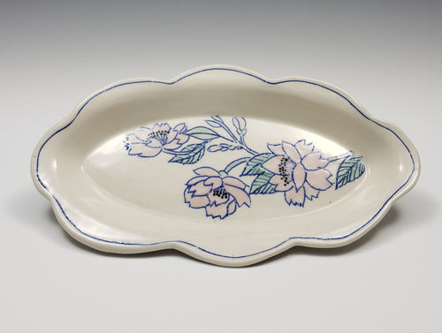 Oval plate with cherry blossoms