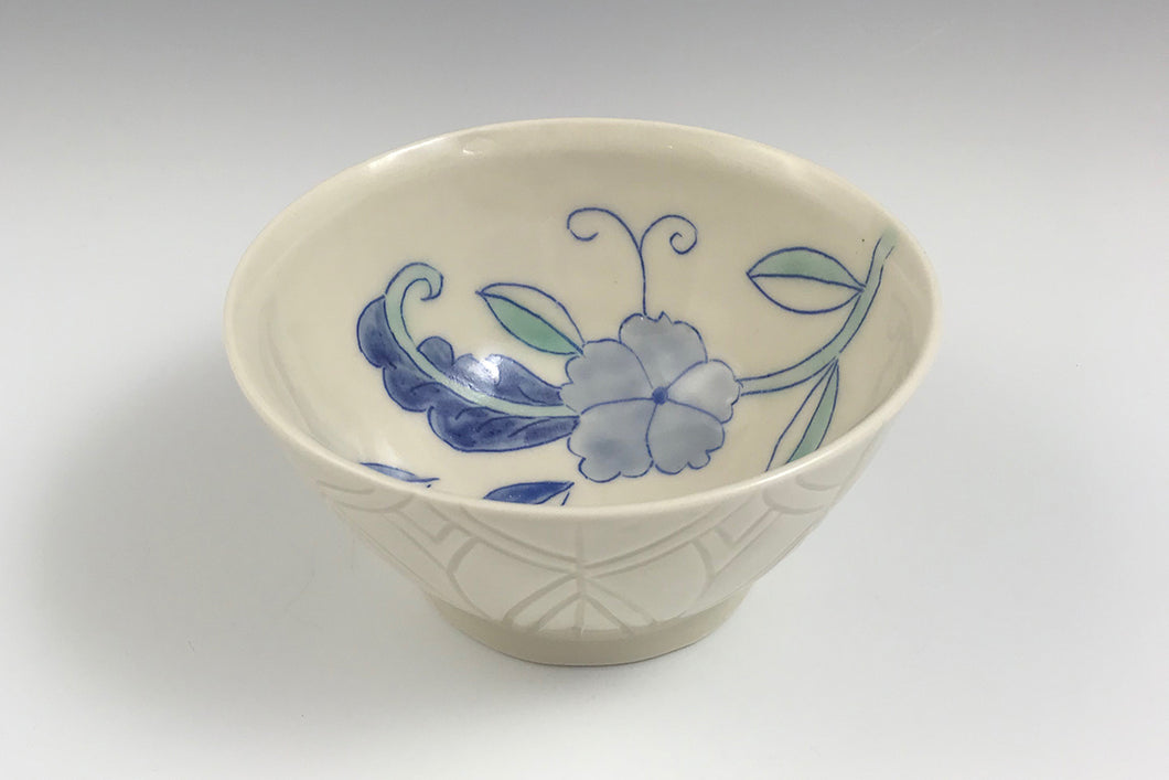 Small bowl with flowers