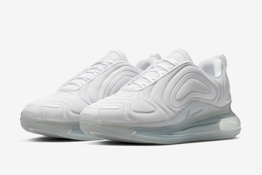 "NIKE AIR MAX 720 ""METALLIC PLATINUM"""