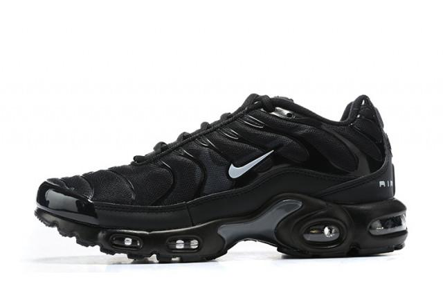 "NIKE AIR MAX PLUS TN ""BLACK"" / 020899"