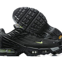 NIKE AIR MAX PLUS 3 TN - BLACK VOLT / 021442