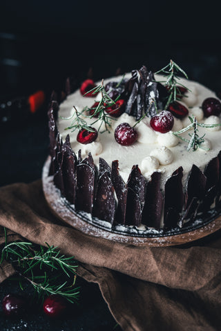 Le Creuset Winter Black Cherry Cake