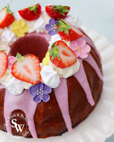 Sisley's Strawberry and Prosecco Cake