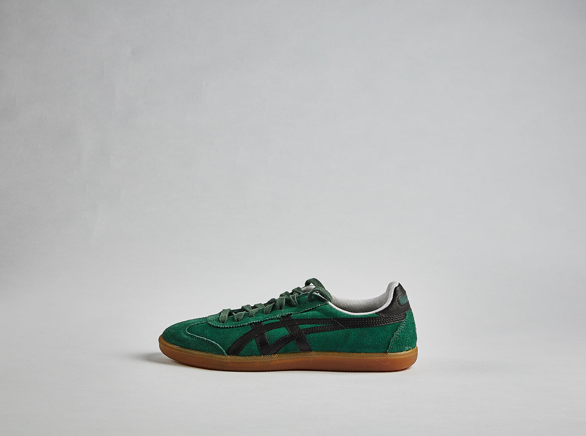 asics-tokuten-indoor-shppcer-shoe-green