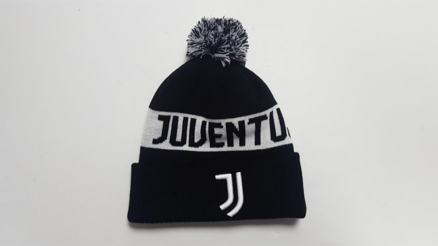 Juventus Football Club, embroidered crest, knitted POM beanie