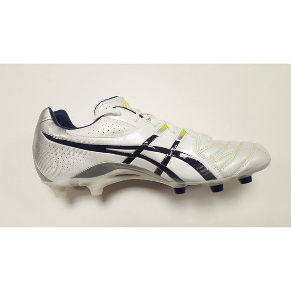 Asics DS Light White FG Soccer Cleat, K-Leather Upper, 12 Conical Studs, Side View