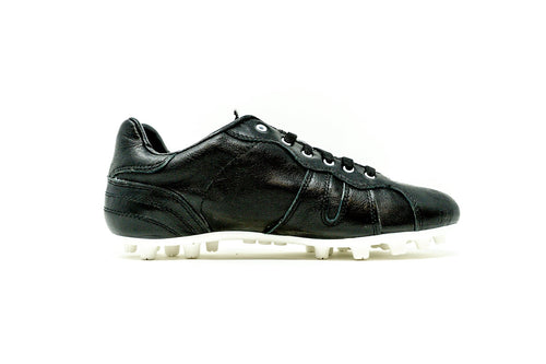 Akuna Cinquestelle Classica AG Soccer Cleat, Black & White, K-Leather Upper, 23 Conical Studs, Side View