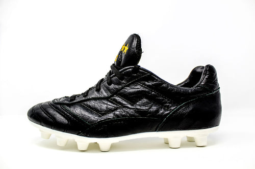 Akuna Cinquestelle Toro FG Soccer Cleats, Buffalo Leather, 12 Conical Studs, Side View