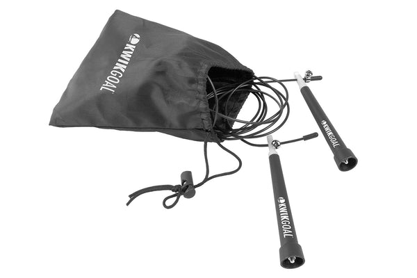picture of jump rope cord with a black carry bag