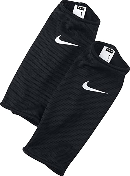 Nike Guard Lock Sleeves, Black