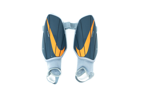 Nike Charge Shin Guards, Grey