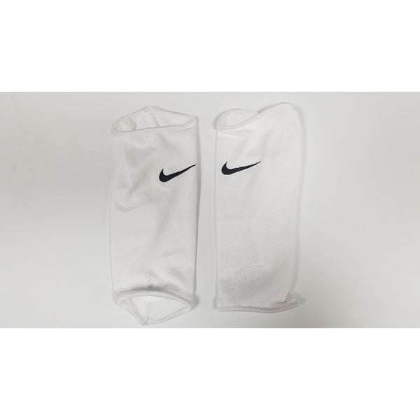 Nike Mercurial Lite Shin Guard Sleeves, White & Black,