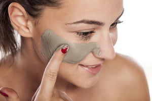 DEAD SEA MUD MASK- All NATURAL PORE REDUCER FOR ACNE- TIGHTENS SKIN FOR A HEALTHIER SKIN.