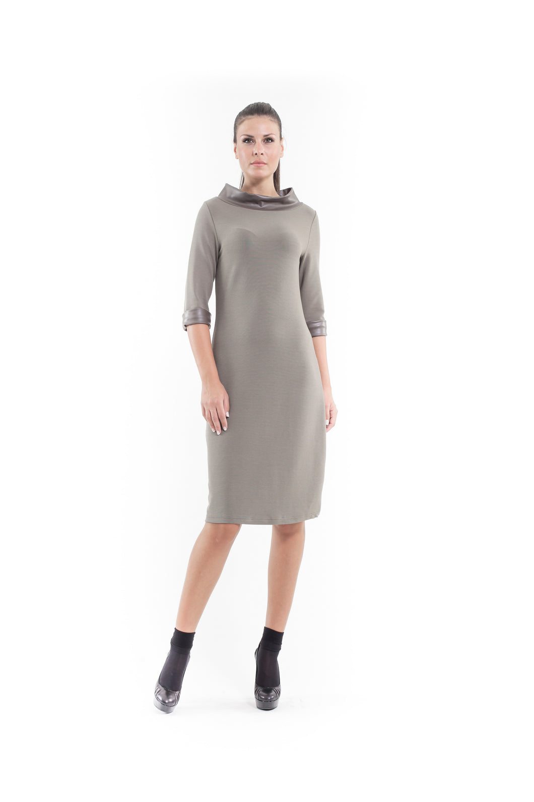 Faux Leather Detail Shift Dress olive.