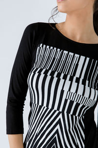 Black and White Print Detail Top