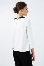 Load image into Gallery viewer, Cream Top with Βlack Peter Pan Collar