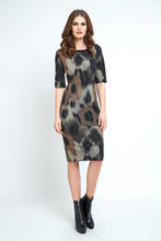 Load image into Gallery viewer, Fitted Print Midi Dress