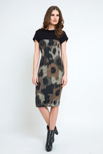 Load image into Gallery viewer, Abstract Print Straight Dress