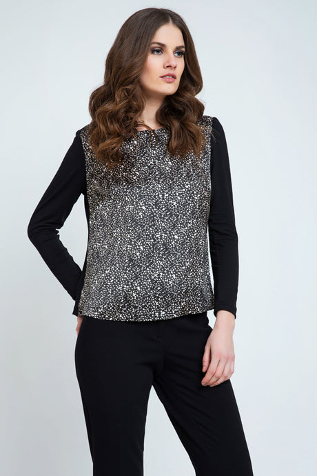 Long Sleeve Print Top With a Boat Neck