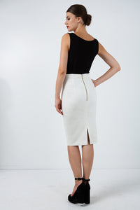 Fitted Stretch Pencil Skirt