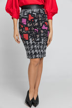 Load image into Gallery viewer, Patterned Pencil Skirt