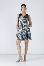 Load image into Gallery viewer, Navy Blue Sleeveless Print Dress