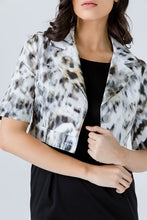 Load image into Gallery viewer, Animal Print Crop Jacket