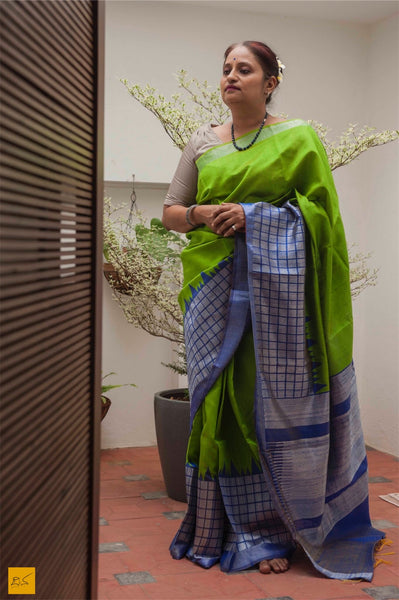 This is a gorgeous dupion silk handwoven Saree with blue and green body. New trend of Dupion Silk Saree designs,  Dupion Silk Saree for artists, art lovers, architects, saree lovers, Saree connoisseurs, musicians, dancers, doctors, Dupion Silk saree, indian saree images, latest sarees with price, only saree images, new Dupion Silk saree design.