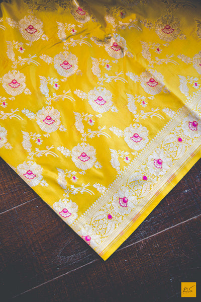 This wonderful Banarasi Katan Silk Saree has a body in yellow colour. New trend of Banarasi Saree designs, Banarasi Saree for artists, art lovers, architects, saree lovers, Saree connoisseurs, musicians, dancers, doctors, Banarasi silk saree, indian saree images, latest sarees with price, only saree images, new Banarasi saree design.
