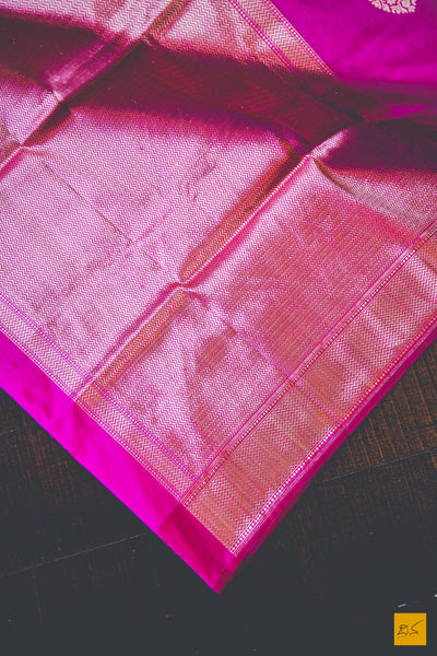 A beautiful katan silk banarasi sari with a pink body. New trend of Banarasi Saree designs, Banarasi Saree for artists, art lovers, architects, saree lovers, Saree connoisseurs, musicians, dancers, doctors, Banarasi Katan silk saree, indian saree images, latest sarees with price, only saree images, new Banarasi saree design.