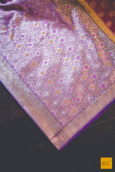 A lovely banarasi kora silk organza handwoven saree with orange and purple body. New trend of Banarasi Saree designs, Banarasi Saree for artists, art lovers, architects, saree lovers, Saree connoisseurs, musicians, dancers, doctors, Banarasi silk saree, indian saree images, latest sarees with price, only saree images, new Banarasi saree design.