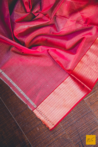 A lovely maheshwari pure silk handwoven saree with buttas and heavy pallu. New trend of Saree designs, Saree for artists, art lovers, architects, saree lovers, Saree connoisseurs, musicians, dancers, doctors, silk saree, indian saree images, latest sarees with price, only saree images, new saree design.