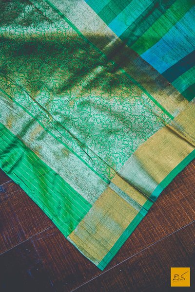 This is a gorgeous Banarasi tussar silk handwoven Saree with a Green body. New trend of Banarasi Saree designs, Banarasi Saree for artists, art lovers, architects, saree lovers, Saree connoisseurs, musicians, dancers, doctors, Banarasi silk saree, indian saree images, latest sarees with price, only saree images, new Banarasi saree design.