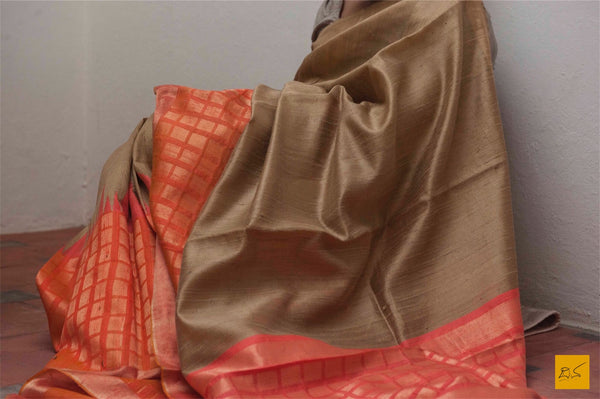 This is a gorgeous dupion silk handwoven Saree with beige and orange body. New trend of Dupion Silk Saree designs,  Dupion Silk Saree for artists, art lovers, architects, saree lovers, Saree connoisseurs, musicians, dancers, doctors, Dupion Silk saree, indian saree images, latest sarees with price, only saree images, new Dupion Silk saree design.