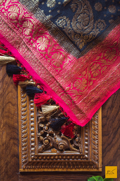 This is a gorgeous black munga silk banarasi dupatta with antique zari and red border. New trend of munga Silk dupatta designs, munga Silk dupatta for artists, art lovers, architects, dupatta lovers, dupatta connoisseurs, musicians, dancers, doctors, munga Silk dupatta, indian dupatta images, latest dupattas with price, only dupatta images, new munga silk dupatta design.