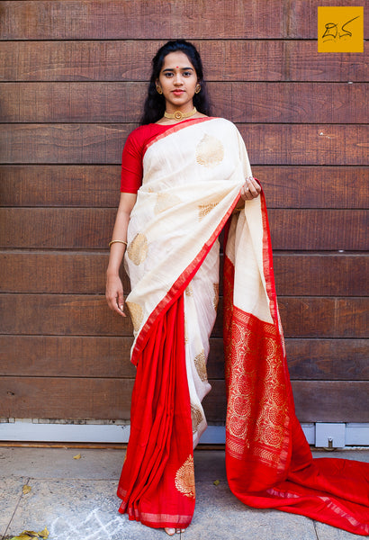 This is a gorgeous Banarasi Dupion Silk Saree with kadhwa buttas in half and half style. New trend of Banarasi Saree designs, Banarasi Saree for artists, art lovers, architects, saree lovers, Saree connoisseurs, musicians, dancers, doctors, Banarasi silk saree, indian saree images, latest sarees with price, only saree images, new Banarasi saree design.