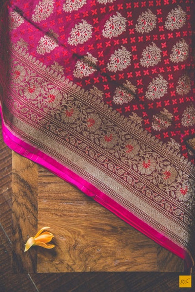 This is a gorgeous Banarasi satin silk Saree with intricate tanchoi weave and antique zari buttas and pink slevedge. New trend of Banarasi Saree designs, Banarasi Saree for artists, art lovers, architects, saree lovers, Saree connoisseurs, musicians, dancers, doctors, Banarasi silk saree, indian saree images, latest sarees with price, only saree images, new Banarasi saree design.