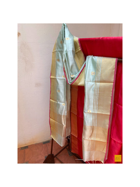 This is a gorgeous chanderi pure silk handwoven dupatta with pastel green body and red meenkari in motifs (buttas). New trend of chanderi pure silk dupatta designs, chanderi pure Silk dupatta for artists, art lovers, architects, dupatta lovers, dupatta connoisseurs, musicians, dancers, doctors, chanderi pure Silk dupatta, indian dupatta images, latest dupattas with price, only dupatta images, new chanderi pure silk dupatta design.