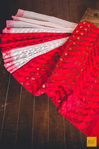 This is a magnificent half and half original dhakai jamdani handwoven cotton saree. Comes with a red blouse.. New trend of Muslin Jamdani Saree designs, Muslin Jamdani Saree for artists, art lovers, architects, saree lovers, Saree connoisseurs, musicians, dancers, doctors, Muslin Jamdani saree, indian saree images, latest sarees with price, only saree images, new Muslin Jamdani saree design.