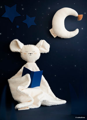 Natural Toys Store sells organic cotton toys like this beautiful moon rattle for babies online. Make a ecological gift!