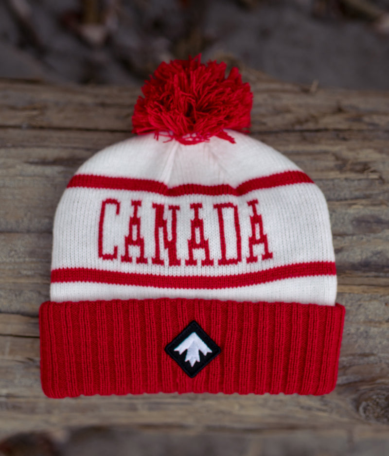 RED POM POM TOQUE