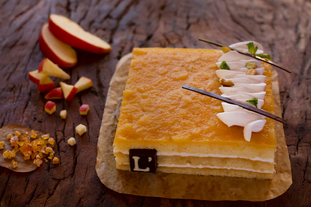 Apple Caramel with Fresh Cream