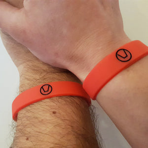 silicon swinger symbol wristband