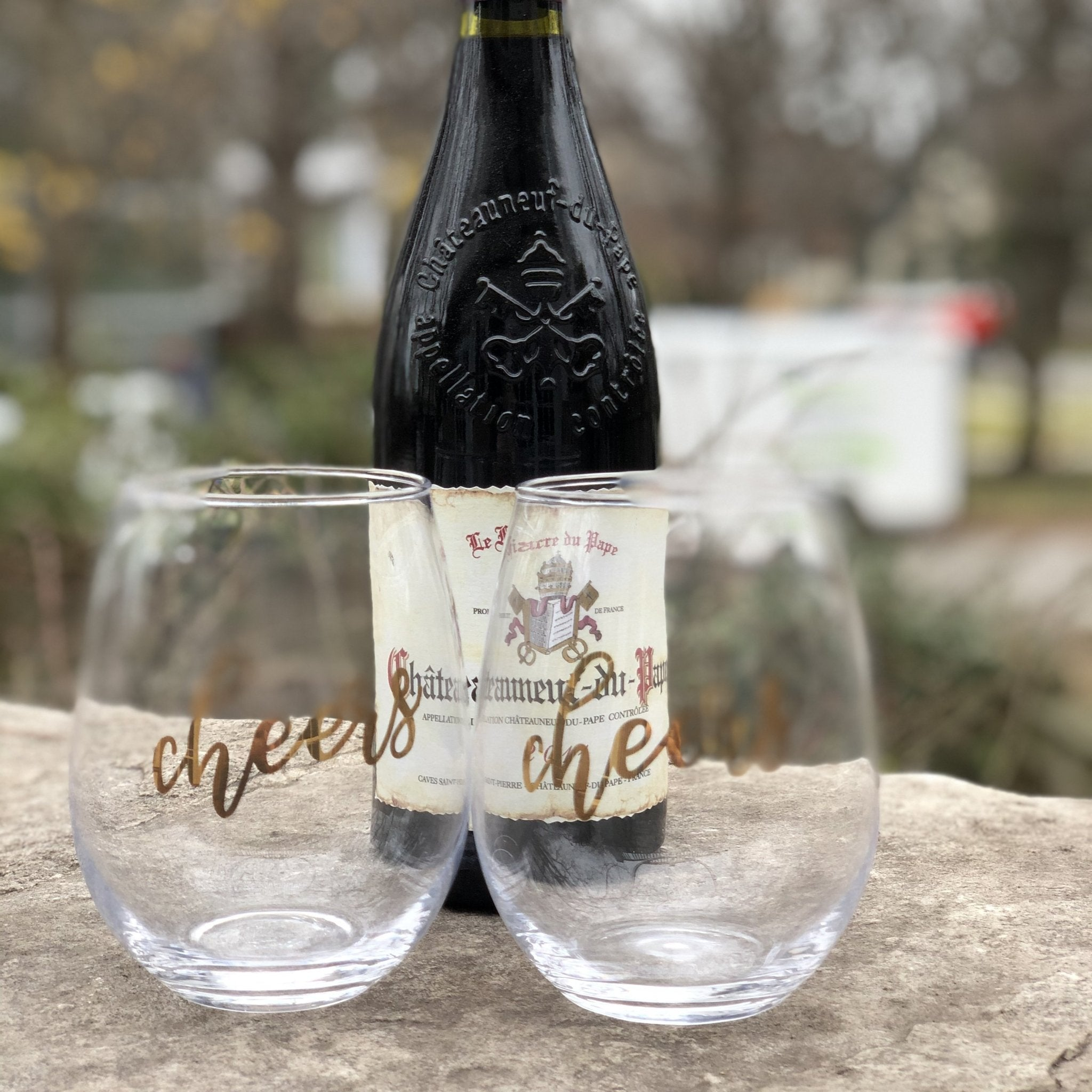 Cheers Wine Glass - set of 2 gold - Inspired Evanston