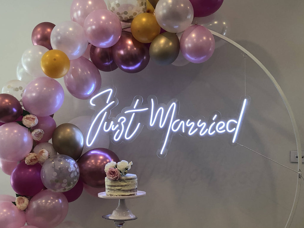 JUST MARRIED NEON HIRE - Live Shopping Tours
