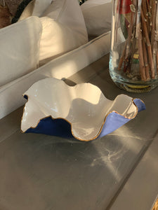"Denim blue & white wavy porcelain bowl 8""x3"""