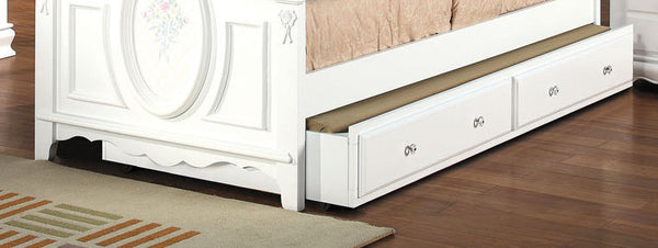 Acme Flora Trundle in White 01683 image