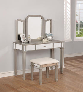 G930131 Contemporary Metallic Platinum Vanity Set