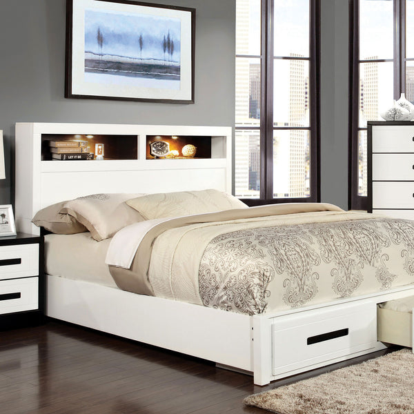 RUTGER White/Black Queen Bed image